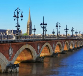 Bordeaux's Chateaux Rivers and Wine